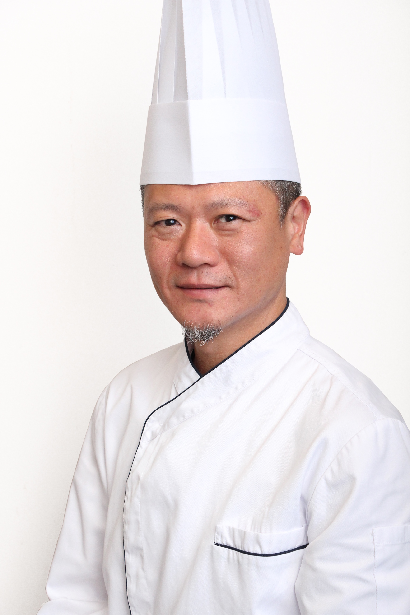 Christopher Wong, Executive Sous Chef – Western Kitchen of HML